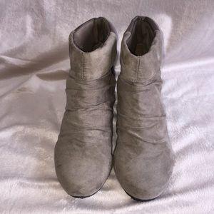 Shoe Dazzle Ankle Boots